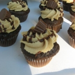 reeses cupcake